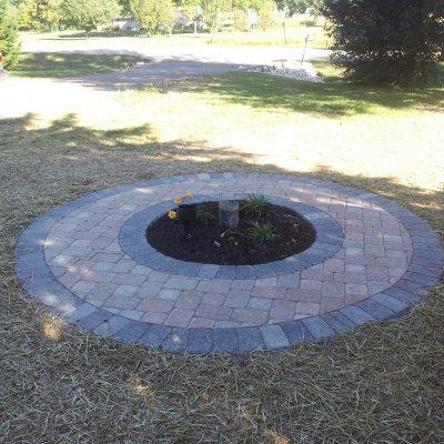 Flagpole Circle
